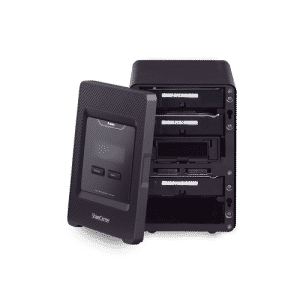 ذخیره ساز تحت شبکهDNS-345 دارای 4 درگاه برای قرارگیری هارد است
