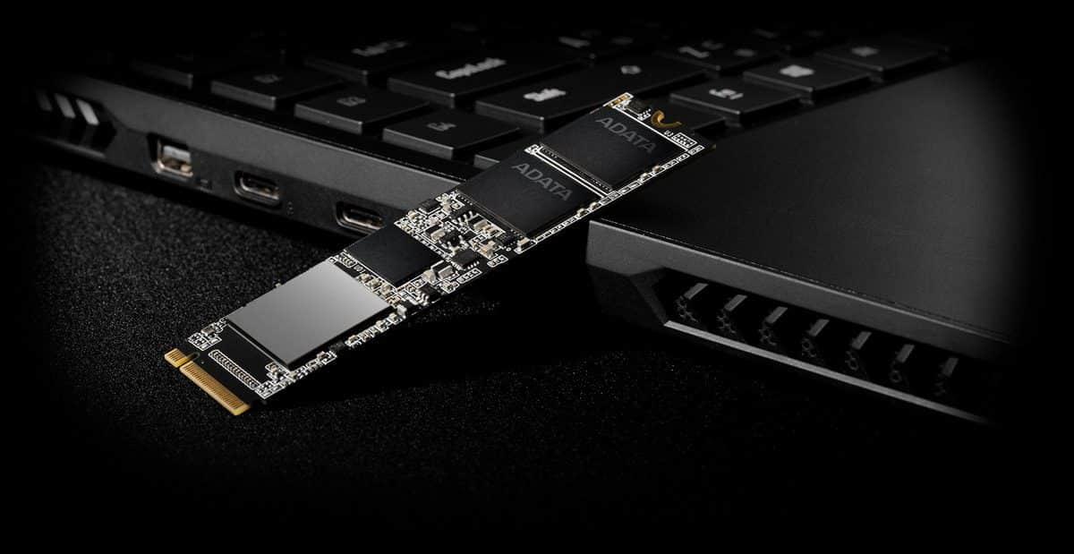 طراحی یک طرف درایو اس اس دی SX8800 pro