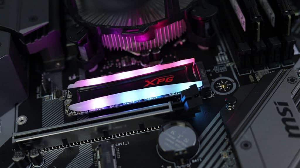 بررسی درایو اس اس دی ADATA XPG Spectrix S40G 1 TB M.2 NVMe