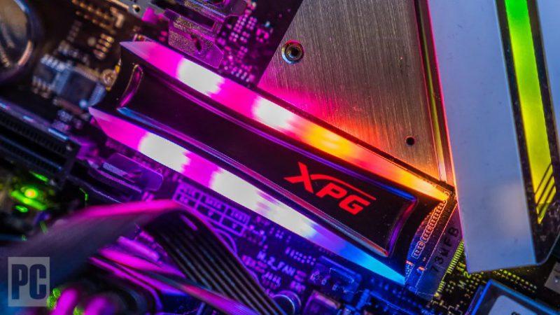 پیش نیاز انتقال ویندوز به اس اس دی: یک حافظه SSD