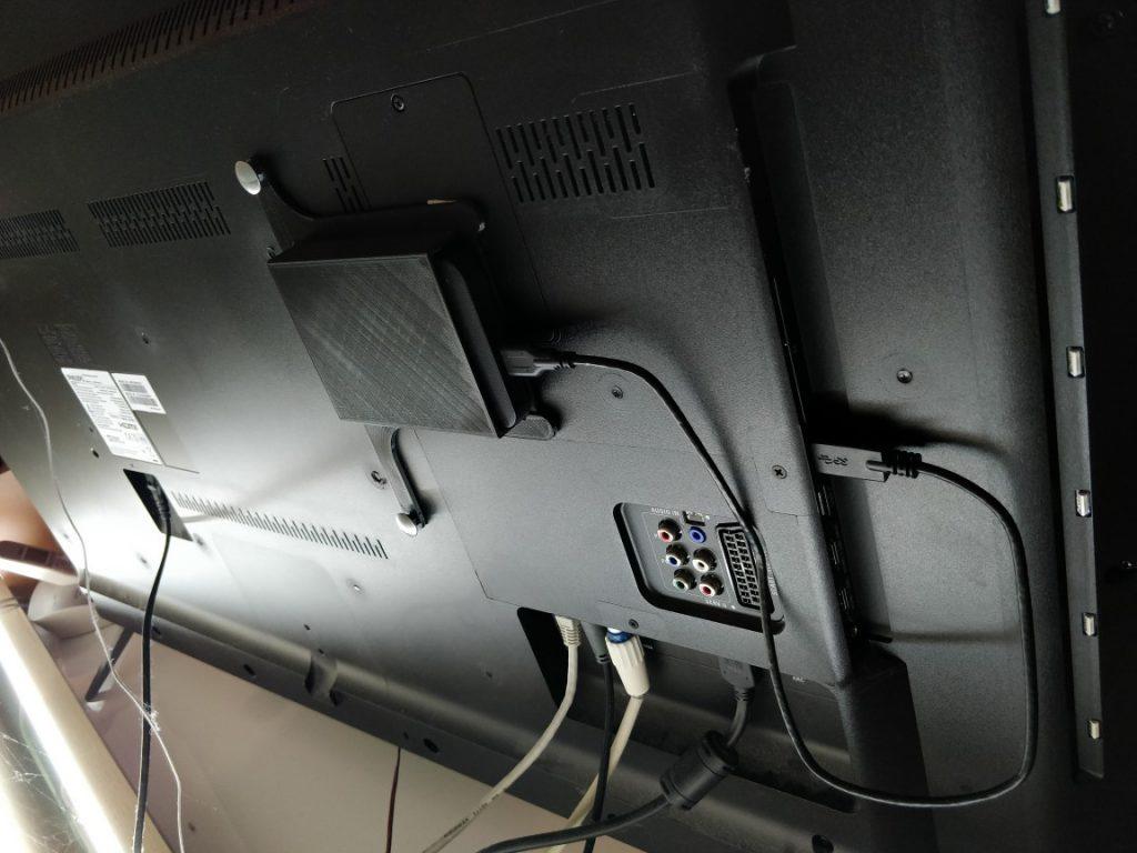 هارد اکسترنال متصل به تلویزیون