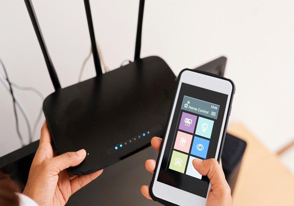 تصویری از اتصال گوشی موبایل با وایفای به مودم
